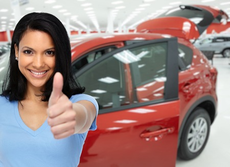 Auto insurance policy perks